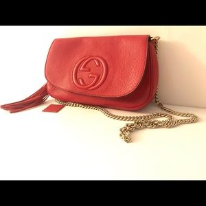 Red Gucci chain bag
